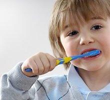 Pasirūpinti vaiko dantimis – tėvų užduotis