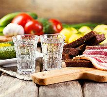 Skaitytojų nerimas: ar tiesa, kad nuo šeštadienio alkoholis prieinamas tik dvidešimtmečiams?