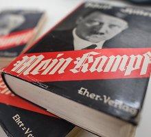 Į Vokietijos mokyklas gali grįžti Adolfo Hitlerio knyga