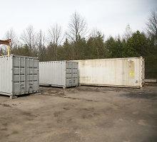 Aplinkosaugininkai užmerkė akis prieš gyvenamųjų namų pašonėje Nemenčinėje laikomas tonas pavojingų atliekų