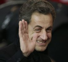 Nicolas Sarkozy paskelbė apie grįžimą į Prancūzijos politiką