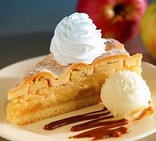 Saldusis sekmadienis: gardžiausi obuolių pyragai