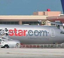 Girtų vyrų siautėjimas privertė tupdyti lėktuvą Indonezijoje