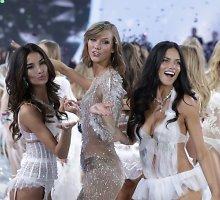 """Bilietas į seksualųjį """"Victoria's Secret"""" šou kainuoja tiek, kiek naujas automobilis"""