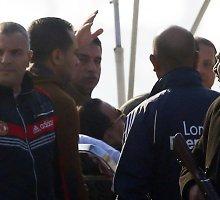 Buvęs Egipto prezidentas Hosni Mubarakas paskelbtas nekaltu dėl šimtų protestuotojų nužudymo