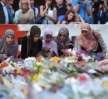 Per įkaitų dramą Sidnėjaus gyventojai demonstravo savo solidarumą su gyventojais musulmonais