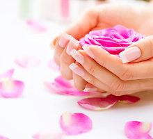 Švelnios rankos: natūralių priemonių kaukės, atgaivinančios odą