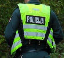 Vilkaviškyje neblaivus dviratininkas puolė policininką