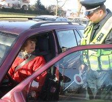 Naujų KET reikalavimų nepaisę Panevėžio vairuotojai teisinosi nežinojimu