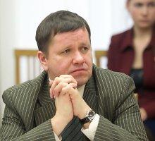 """Darius Valys kreipėsi į Seimą dėl sutikimo leisti suvaržyti Seimo """"darbiečio"""" Dariaus Ulicko laisvę"""