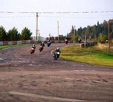 """""""Nemuno žiede"""" – nemokamos saugaus vairavimo pamokos motociklininkams"""