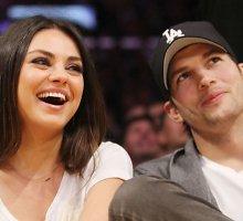 Holivudo gražuolė Mila Kunis mylimajam Ashtonui Kutcheriui pagimdė dukrą