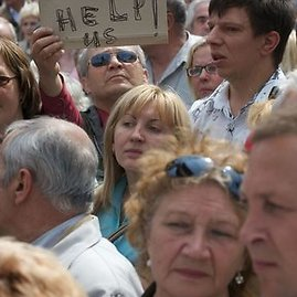 """AFP/""""Scanpix"""" nuotr./Manifestacijas """"Už Latviją! Prieš neteisingumą!"""""""