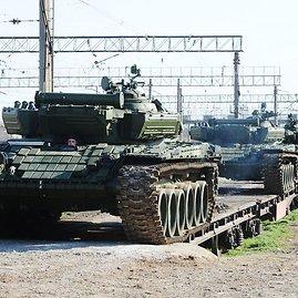 """AFP/""""Scanpix"""" nuotr./Rusų tankai Kryme"""