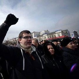 """AFP/""""Scanpix"""" nuotr./Prorusiškas mitingas Kryme"""