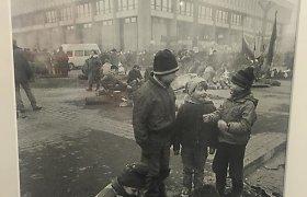 Berniukai iš 1991-ųjų sausio 13-osios nuotraukos: tada ir dabar