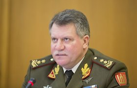 Kariuomenės vadas: šauktiniai nebus siunčiami į misijas užsienyje