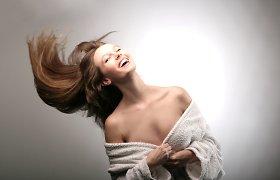 Kaip naudoti sausą šampūną?
