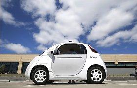 """""""Google"""" ketina autonominius automobilius įkrauti belaidžiu būdu"""
