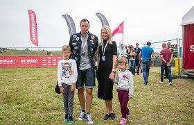 """Krepšinininkas Steponas Babrauskas su šeima atvyko į Palangą: """"Kai nebus ką veikti – lenktyniausiu"""""""