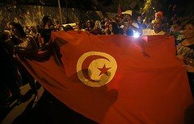 Dėl teroristinio išpuolio Tuniso metiniai nuostoliai sieks ne mažiau kaip pusę milijardo dolerių