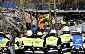 """Šiurpią traukinių avariją Vokietijoje išgyvenęs vyras: """"Iš visų pusių girdėjome pagalbos šauksmus"""""""