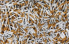 """Tabako milžinės """"Philip Morris"""" pelnas smuko daugiau negu penktadaliu"""