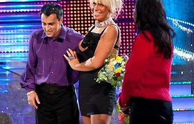 """Iškritusi iš """"Šok su manimi"""", Svetlana Pronina išbučiavo """"Kviečiu šokti"""" vyrus"""