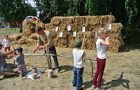 """Šeimų festivalis """"Naisių vasara 2013"""": vaikų pramogos"""