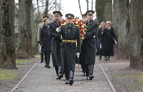 Vingio parke esančiose karių kapinėse pagerbti Vokietijos kariai