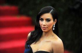 """Kim Kardashian apie sunkumus auginant du vaikus: """"Vienas yra vienas, o du – tarsi dvidešimt"""""""
