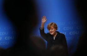Angela Merkel atmeta kaltinimus – neprisimena pikto pokalbio su popiežiumi