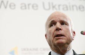 """JAV senatorius Johnas McCainas: """"V.Putino veiksmus lems tai, kaip jam atsakysime Ukrainoje"""""""