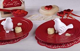 Stalo dekoro idėjos įsimylėjėlių vakarui