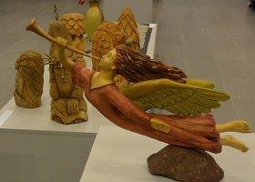 """Straipsnio """"Varėnoje pristatyta paroda Auksalio kupkas"""" galerija"""