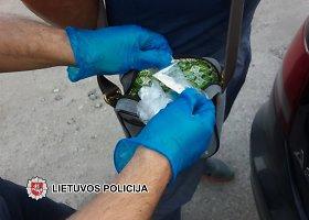 Telšiuose sulaikytos narkotinės medžiagos paruoštos gabenimui į Vokietiją