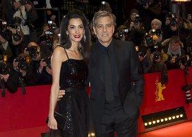"""Berlyno kino festivalį pradėjo iškilminga filmo """"Šlovė Cezariui!"""" premjera"""