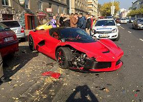 """Ferrari LaFerrari"" avarija Budapešte (2015)"