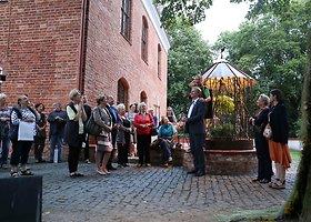 Žemės meno kūriniai papuošė Raudondvario dvaro parką