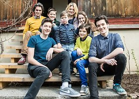 Dalios ir Tomo Maknickų šeimoje karaliauja šešių vaikų klegesys ir muzika