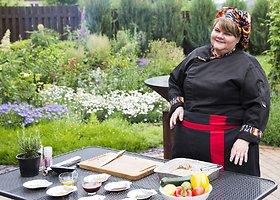 Gamina Galina Bovševič: kepame vištienos krūtinėlę gamtoje