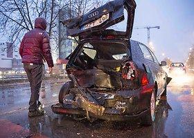 """Dviejų BMW ir """"Audi"""" avarija Vilniuje"""