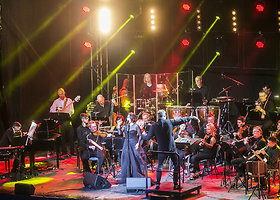 Justės Arlauskaitės-Jazzu koncertas su Modestu Pitrėnu ir orkestru