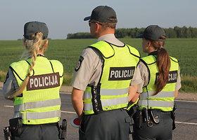 Vairuotojų blaivumo patikrinimas kelyje Panevėžys-Šiauliai