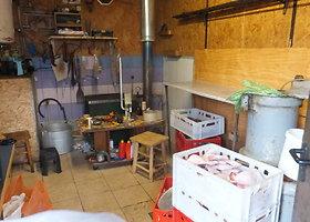 Rastas nelegalus mėsos fabrikas