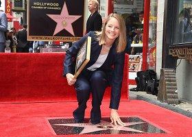 Jodie Foster pagerbta žvaigžde Holivudo šlovės alėjoje