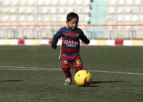 Mažasis Lionelio Messi gerbėjas gavo naują aprangą
