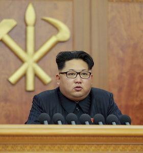 Šiaurės Korėjos pareigūnams mirtis gresia ir už užmigimą darbo vietoje