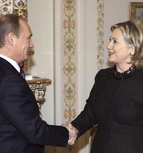 Kremliaus propaganda gąsdina rusus Hillary Clinton: ji – biseksuali alkoholikė, velnio įsikūnijimas