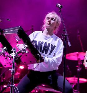 """Nesusipratimas festivalyje """"Granatos Live"""": publika nušvilpė rusiškai prabilusius """"Clean bandit"""""""